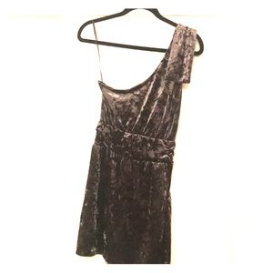 Sexy velvet mini dress for a night out!